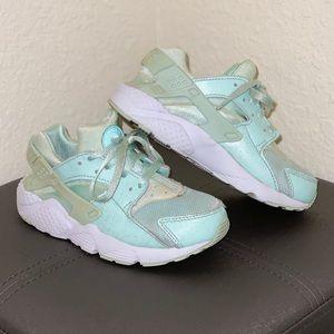Nike Huarache Girls